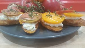 burrata tomato cheese